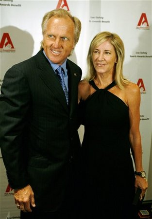 Greg Norman and Chris Evert arrive at the 13th Annual Lou Gehrig Sports Award Benefit in New York, in this Oct. 24, 2007 file photo. (AP Photo/Jeff Zelevansky)